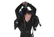 diver-flexibility-159x300-001